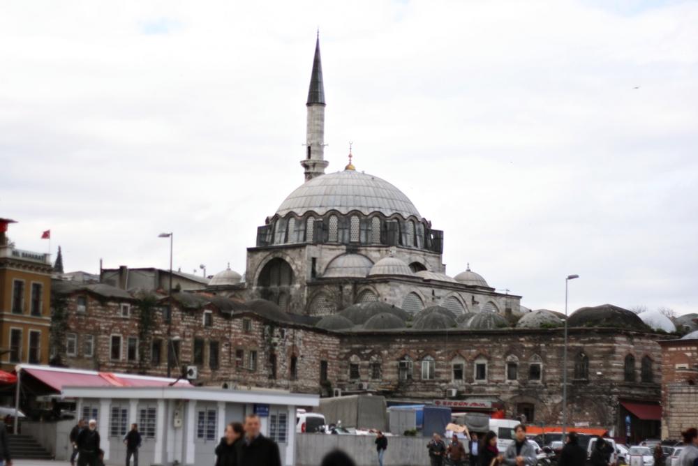 Rüstempaşa Camii. Jeden z najpiękniejszych meczetów w Stambule
